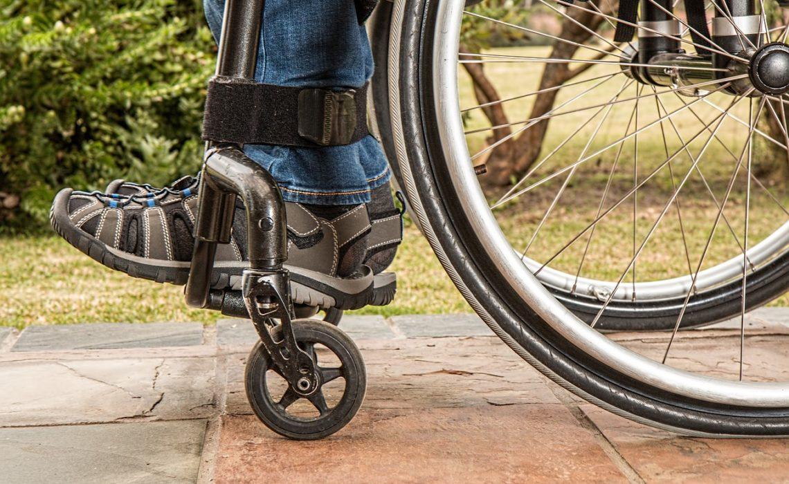 L'Aide aux handicapés à domicile