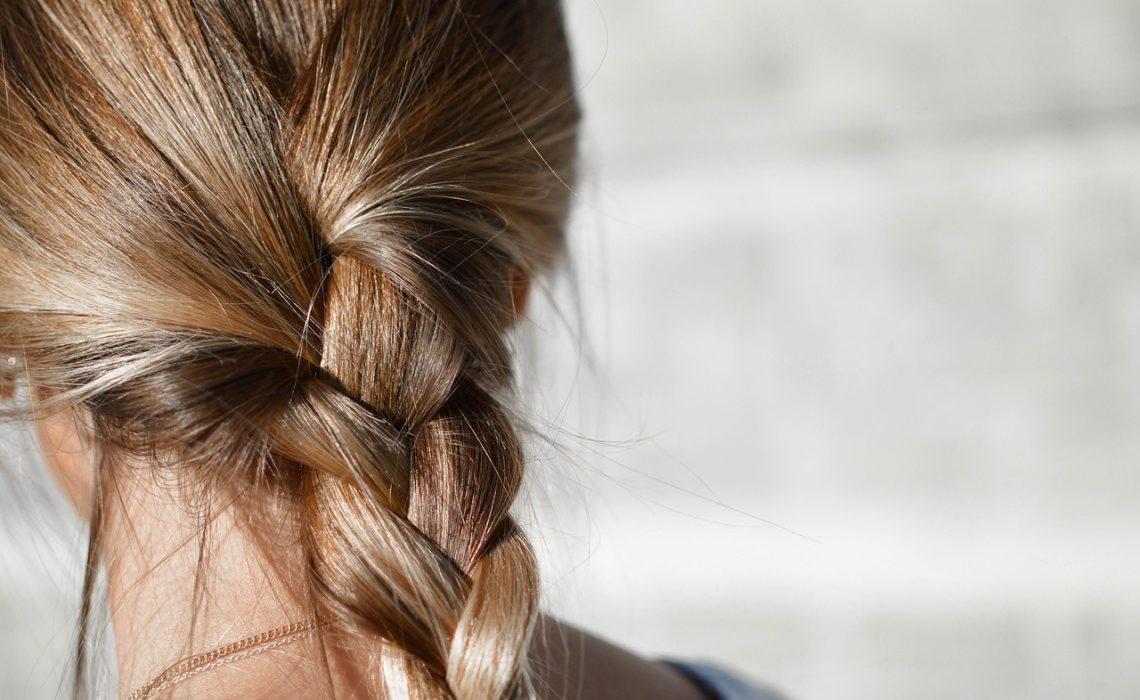 Se débarrasser des cheveux électriques