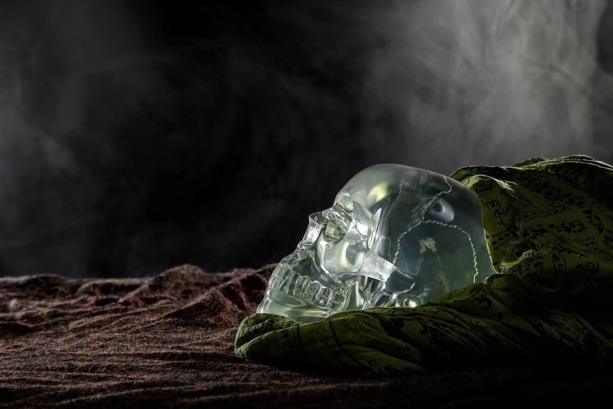 lithothérapie crâne cristal