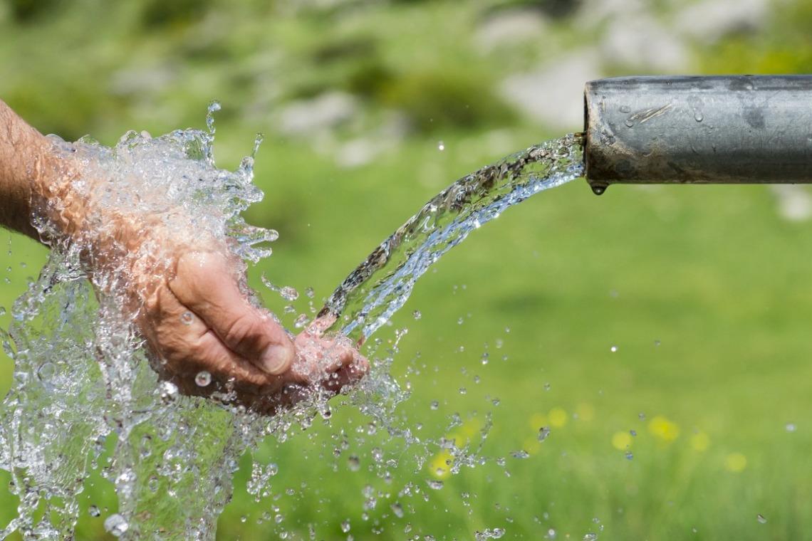 eau de source
