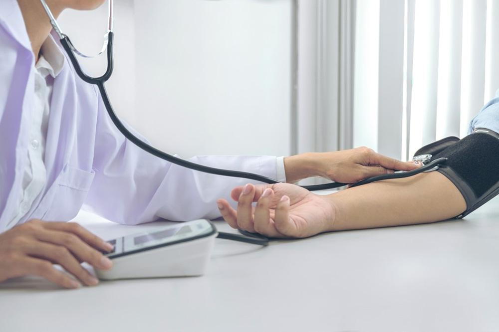 hanger de médecin traitant