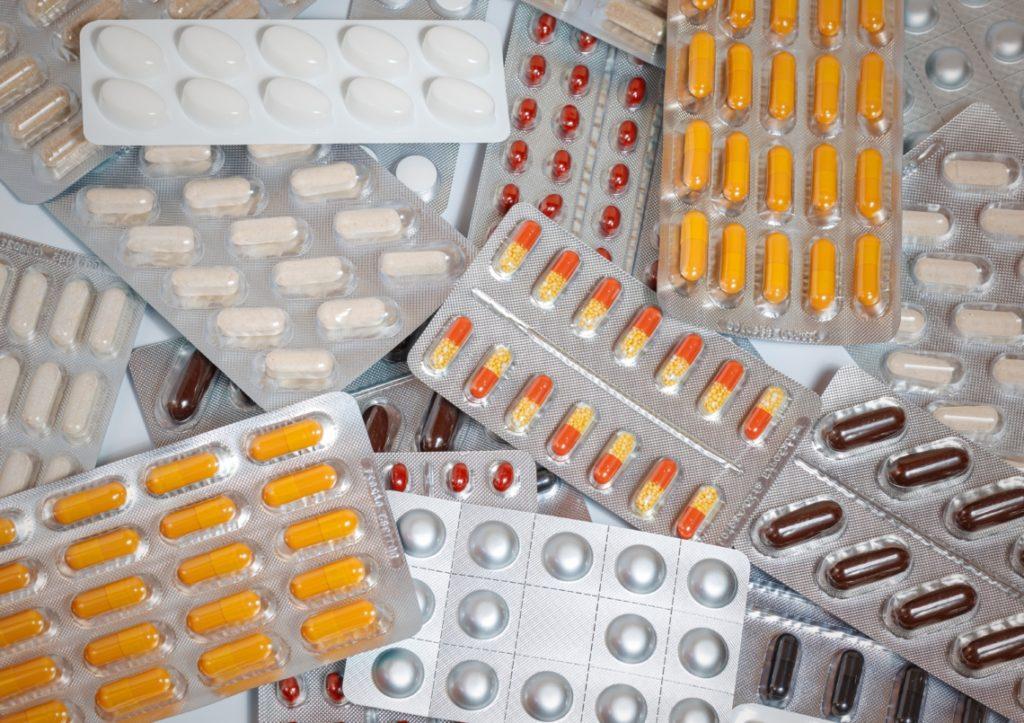 médicaments à ne pas apporter en Californie