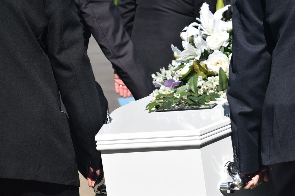 organiser un enterrement