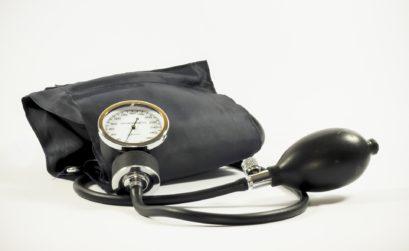 Outil de mesure de la pression artérielle